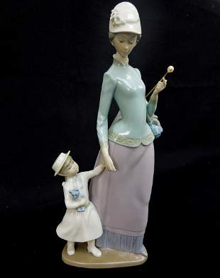 Lladro Porcelain Figure, Lady with Umbrella, Girl with