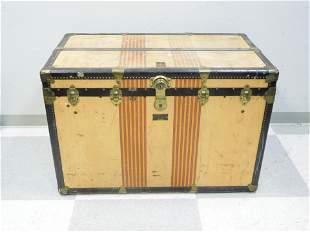 Vintage Oshkosh The Chief Shipping Trunk.