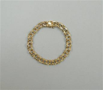 14K Yellow Gold Chain Link Bracelet.