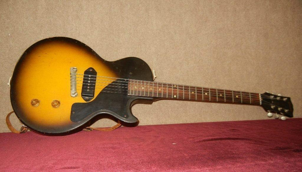 """Gibson """"Les Paul Junior"""" Electric Guitar"""