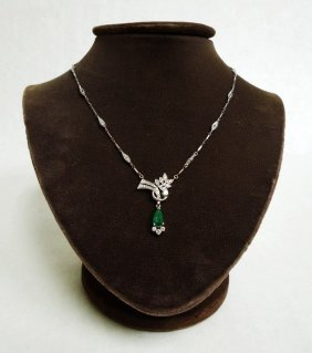 White Gold and Emerald Lavalier Necklace