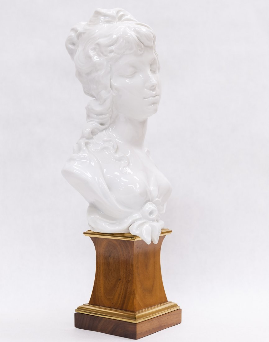 Pair of Royal Worcester Porcelain Busts. - 5