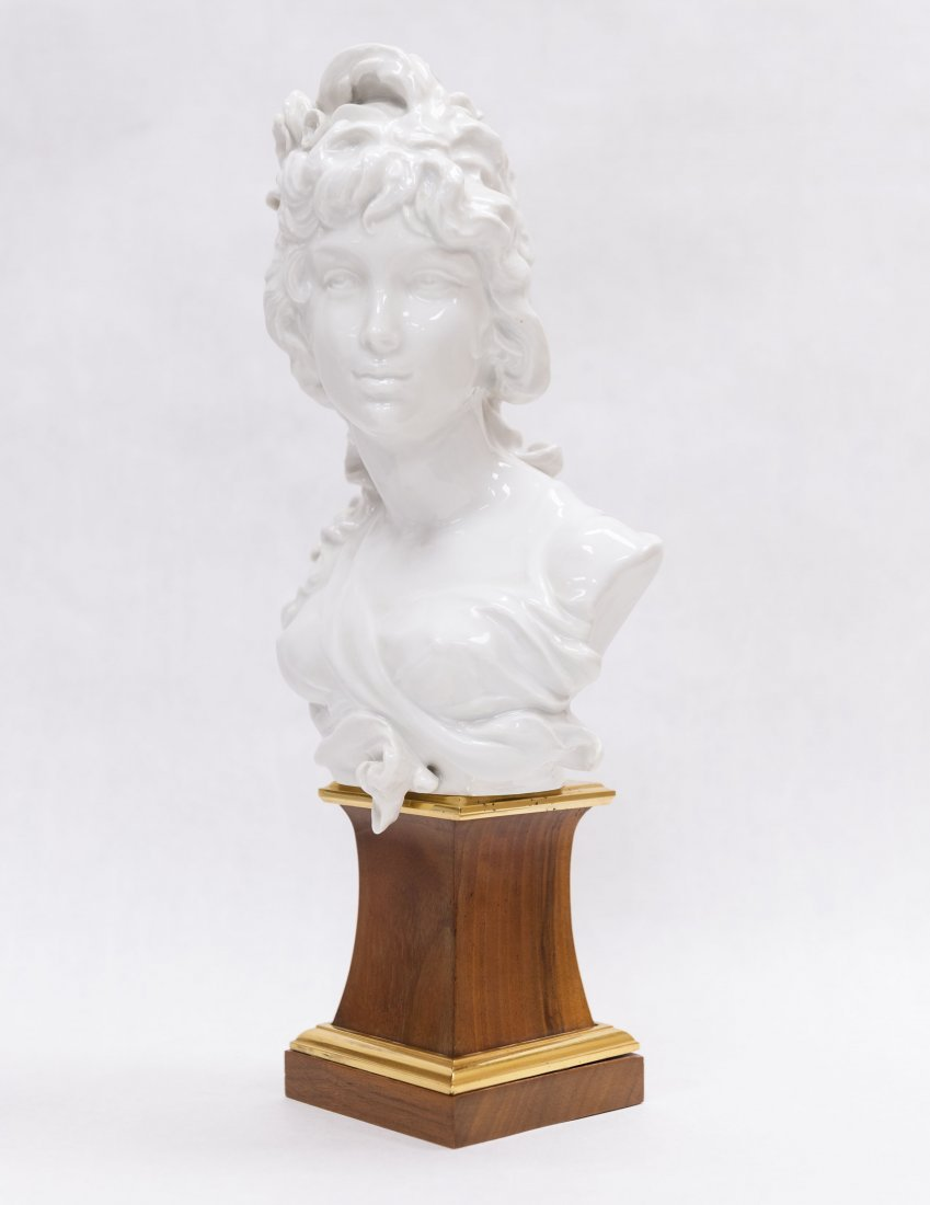 Pair of Royal Worcester Porcelain Busts. - 6
