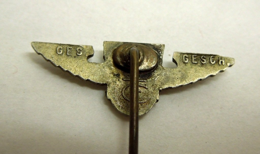 Extensive collection of German WW2 uniform pins - 4