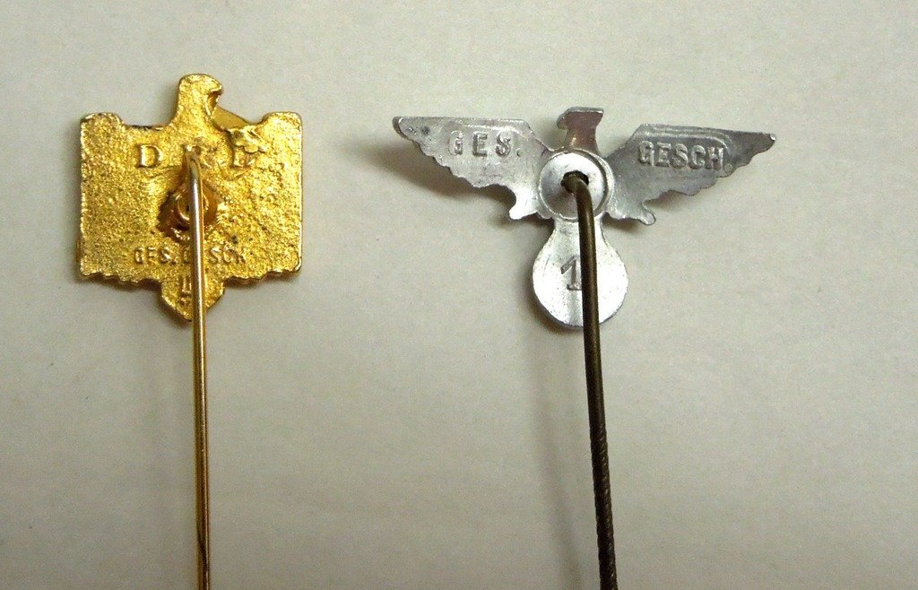 Extensive collection of German WW2 uniform pins - 7
