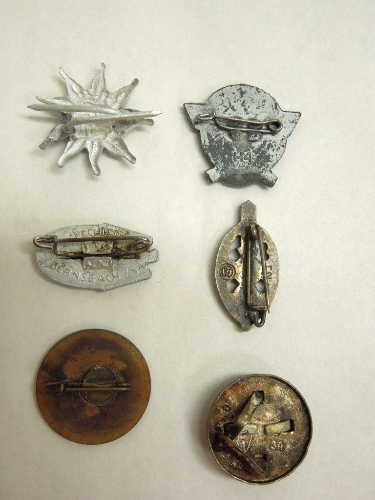 Extensive Collection of German WWII Badges and Tinnies - 4