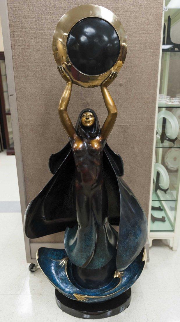 Jacques & Mary Regat Bronze, Eclipse.
