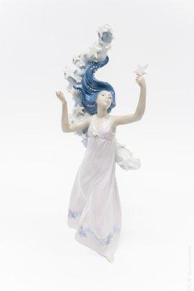 Lladro Porcelain Figure, Milky Way.