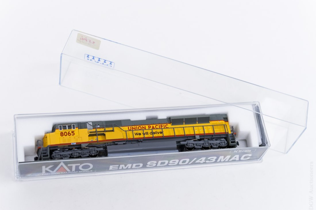 (10) Kato Union Pacific 'N' Scale Engines and - 3