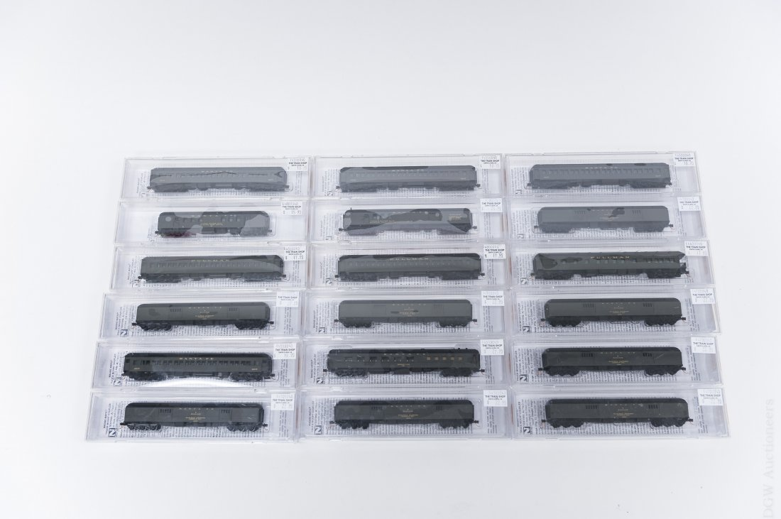 (18) N-Scale Micro-Trains Line Assorted Carriages.
