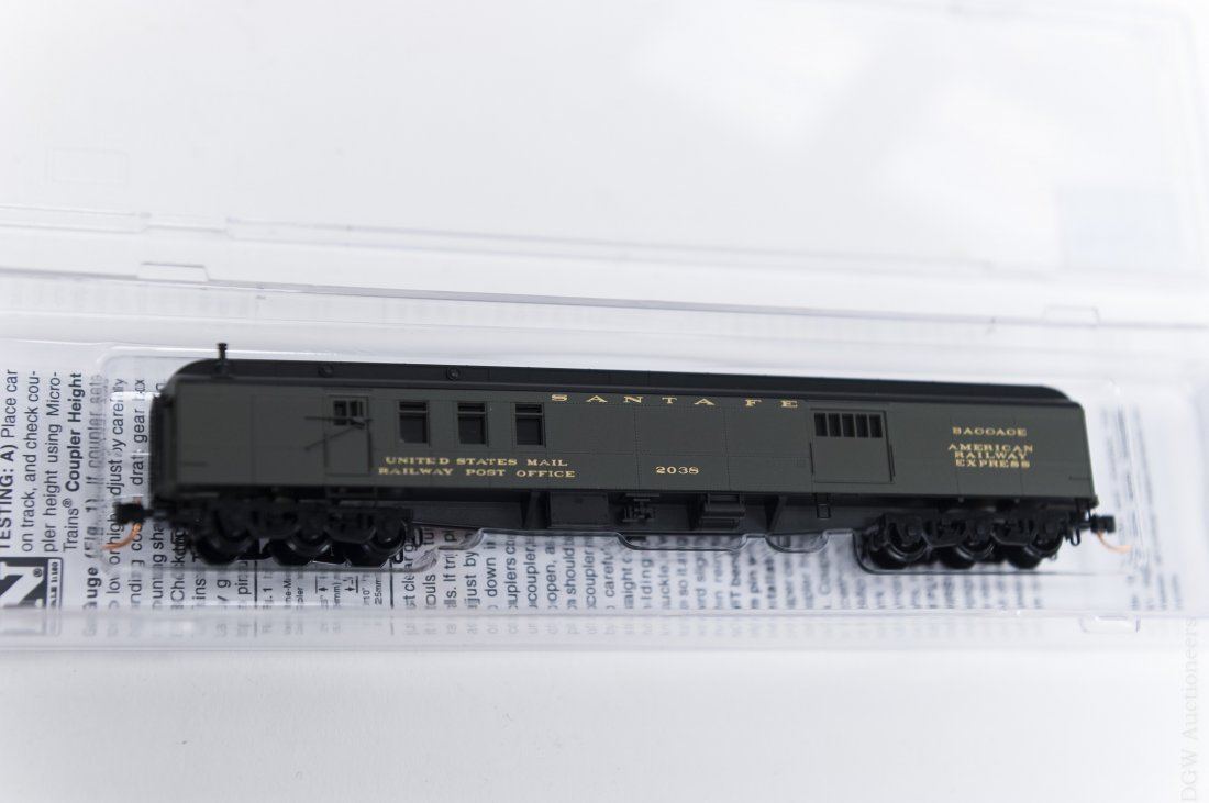 (18) N-Scale Micro-Trains Line Assorted Carriages. - 5