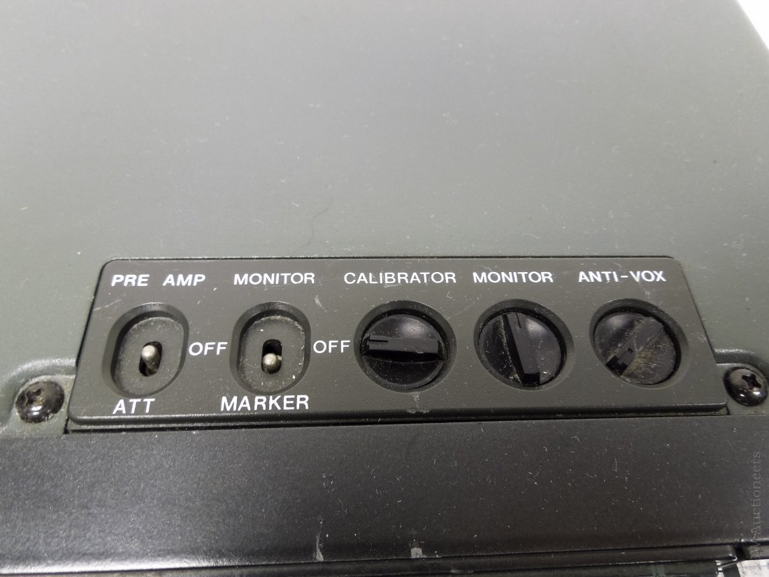 ICOM IC-751A Transceiver. - 5