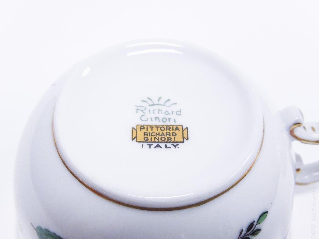 Richard Ginori Porcelain Dinner Service. - 3