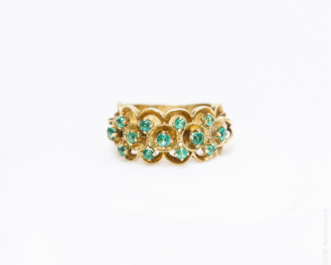 Lady's  Gold and Emerald Ring.