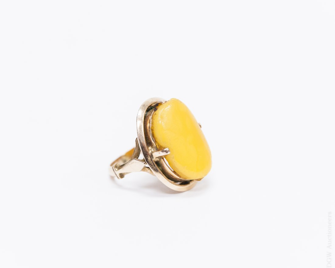 Egyptian Gold and Amber Ring.