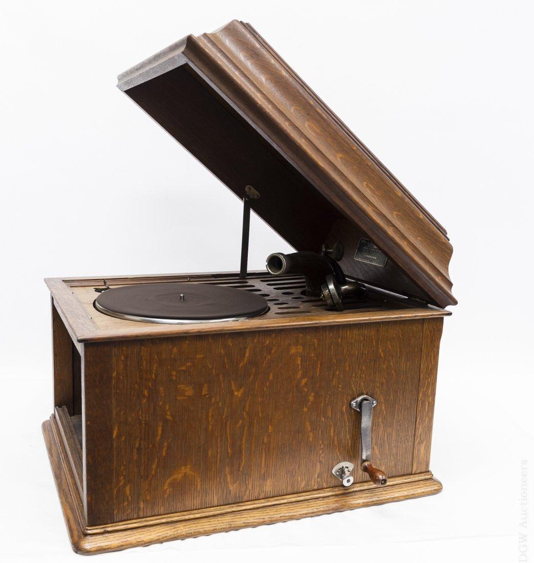 Edison Disc Phonograph Model B80.