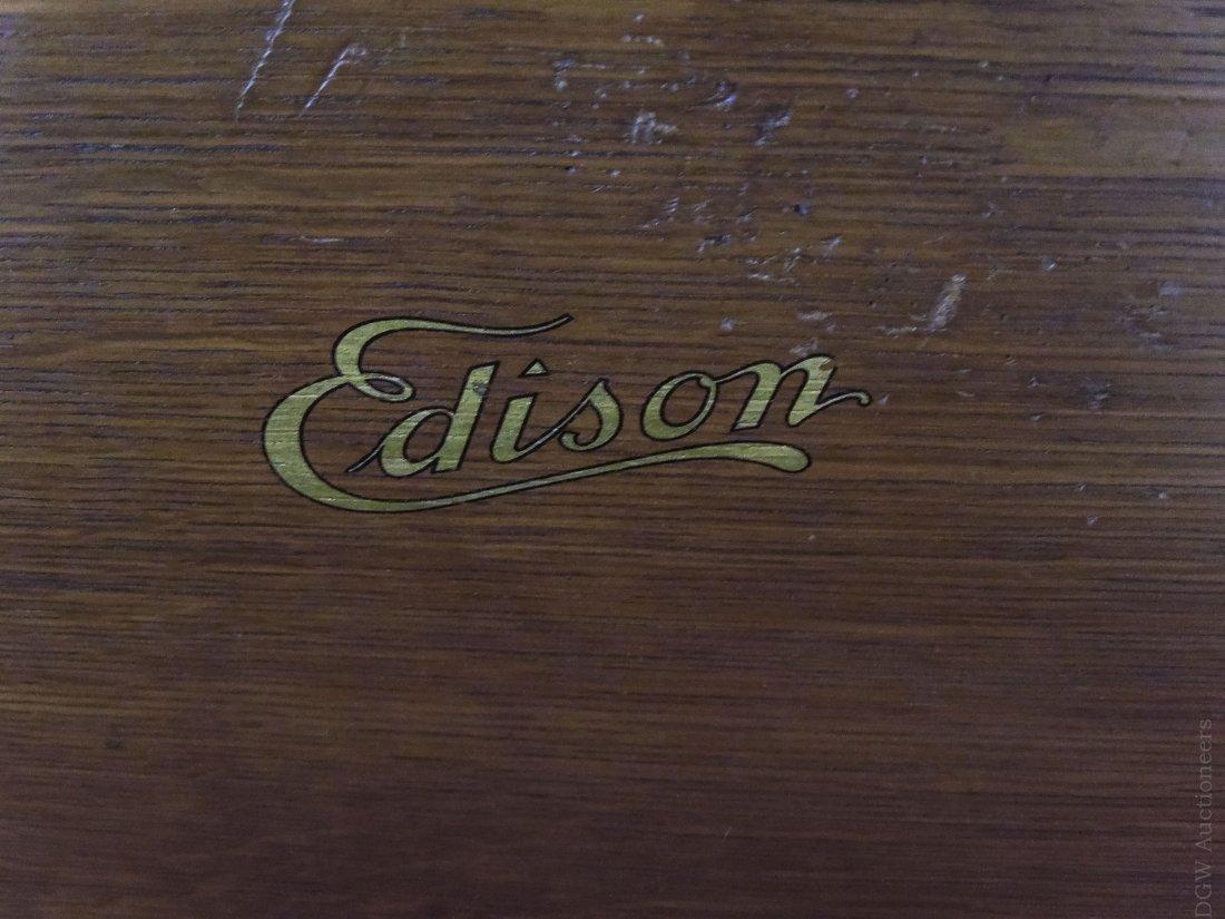 Edison Disc Phonograph Model B80. - 3