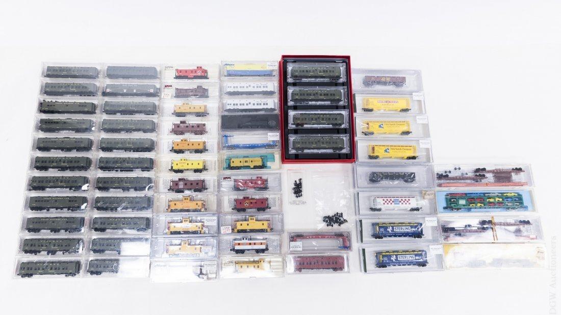 (59) 'N' Scale Model Railroad Cars.