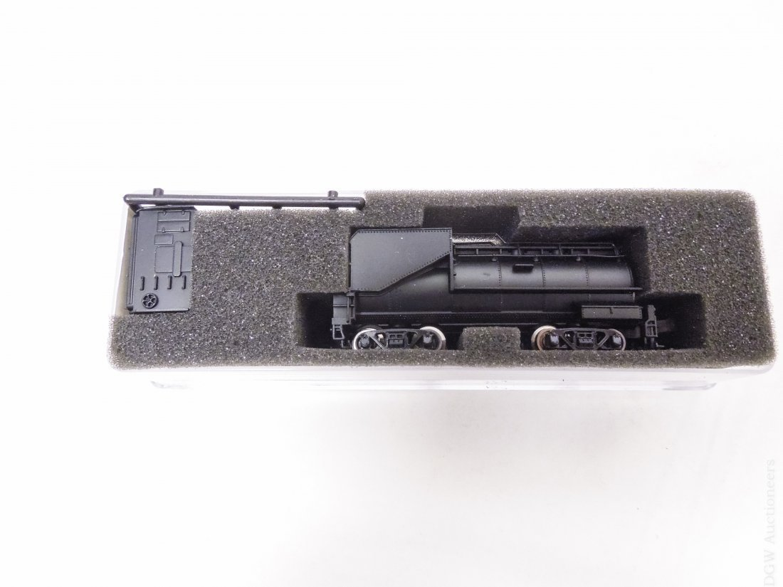 (59) 'N' Scale Model Railroad Cars. - 3