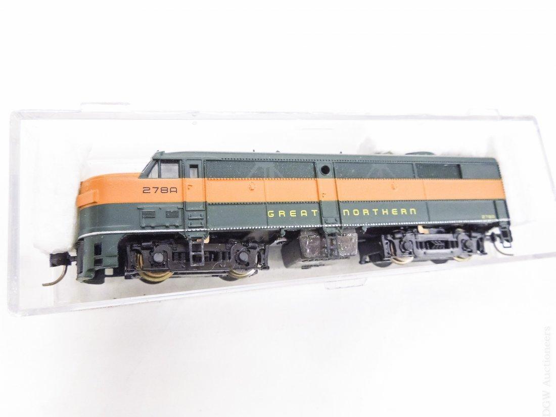 (40) 'N' Scale Model Railroad Cars. - 3