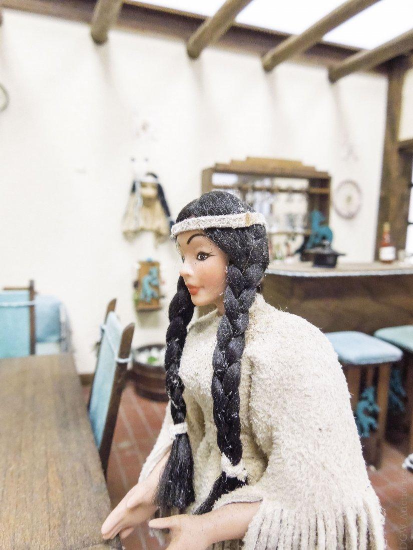 Southwestern Style Dollhouse Diorama. - 5