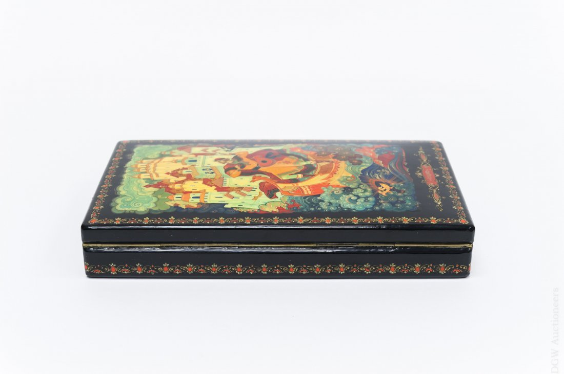 Kholui Russian Lacquer Box, signed. - 3