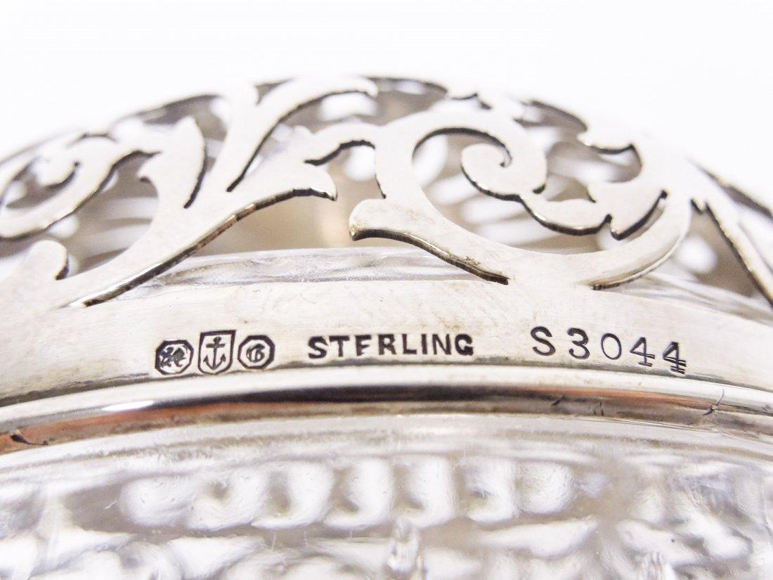 (2) Vintage String Holders. - 5