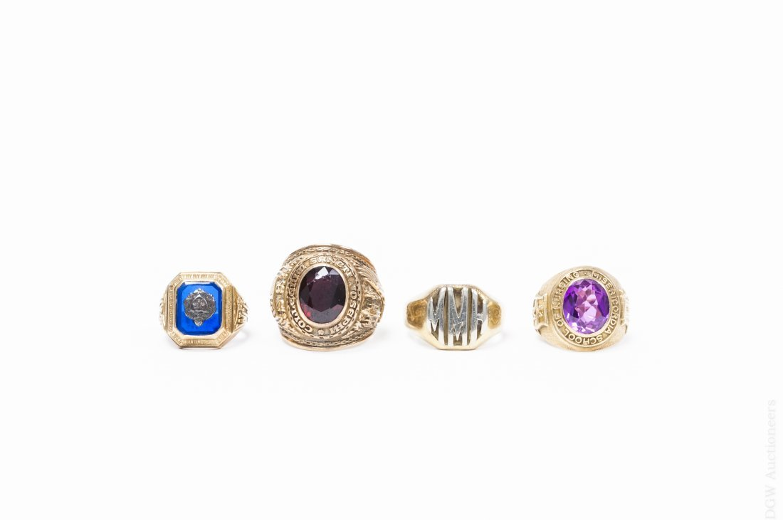 (4) Yellow Gold Rings.