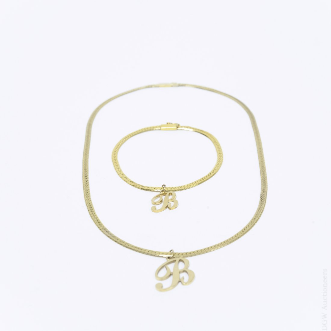 14Kt Yellow Gold Necklace and Bracelet.
