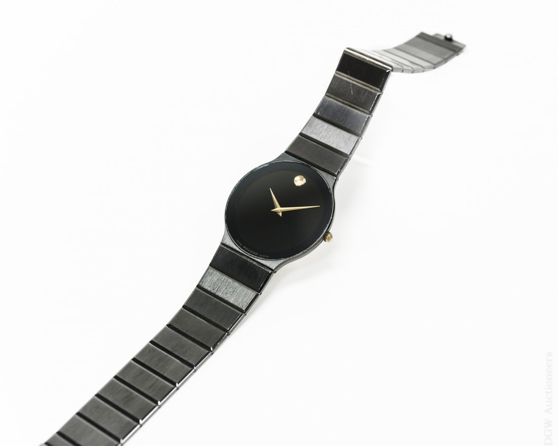 Movado 84-40-880A Men's Wristwatch.