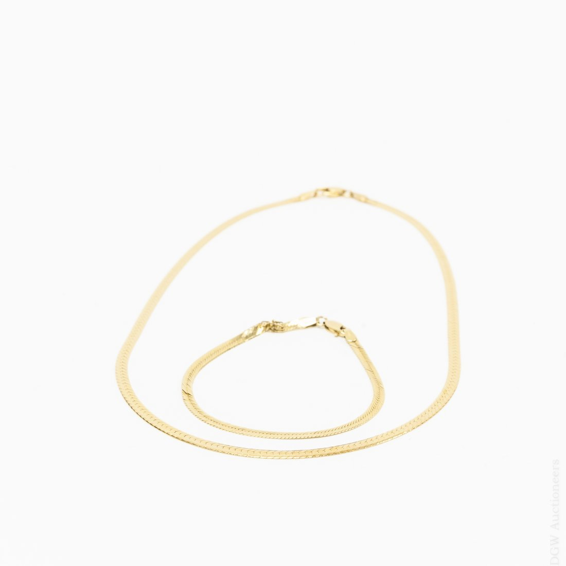 18K Yellow Gold Necklace and Bracelet.