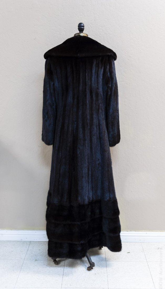 Ladies' Vintage Full Length Fur Coat. - 3