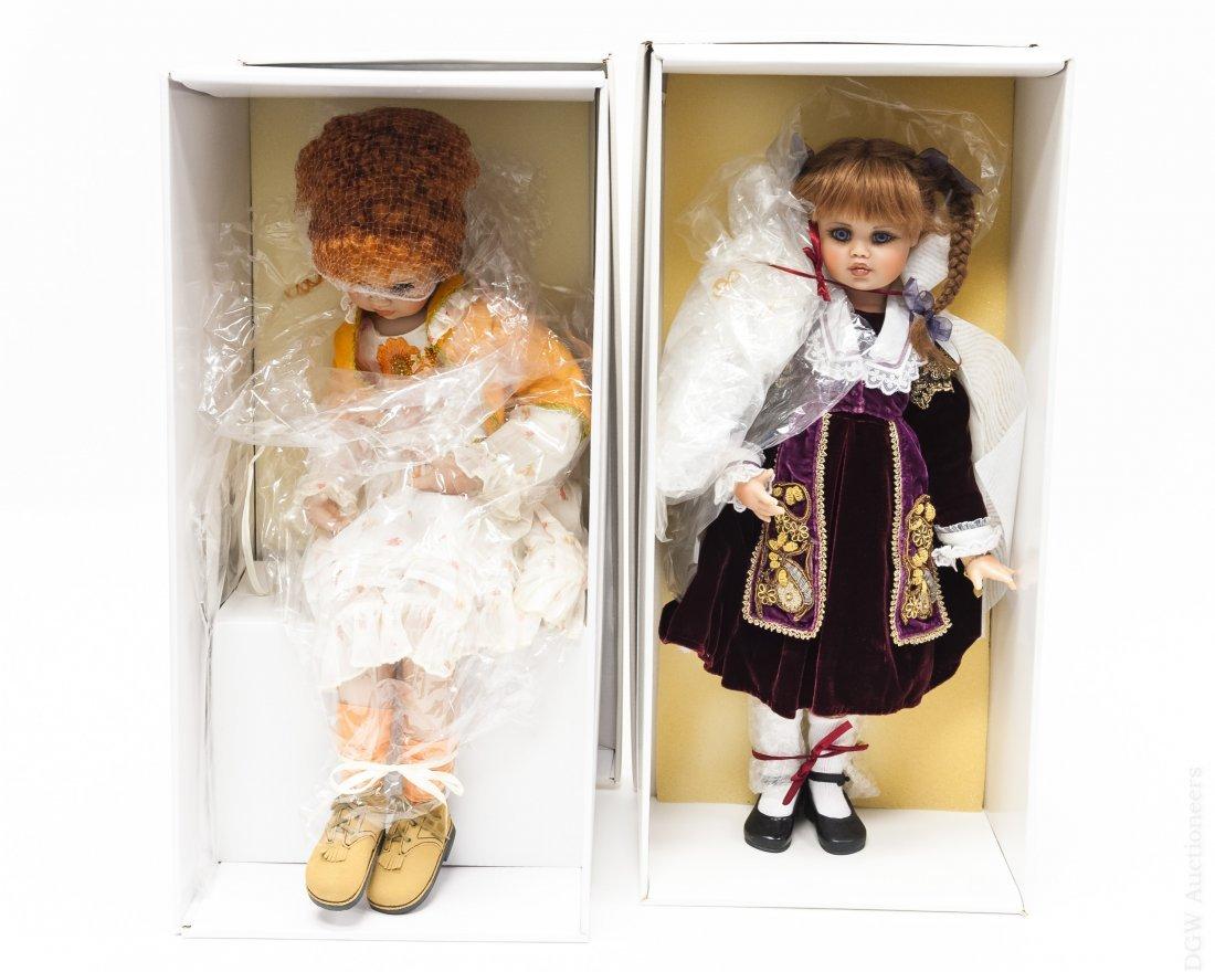 (2) Jan McLean Amy & Nellie II Dolls.