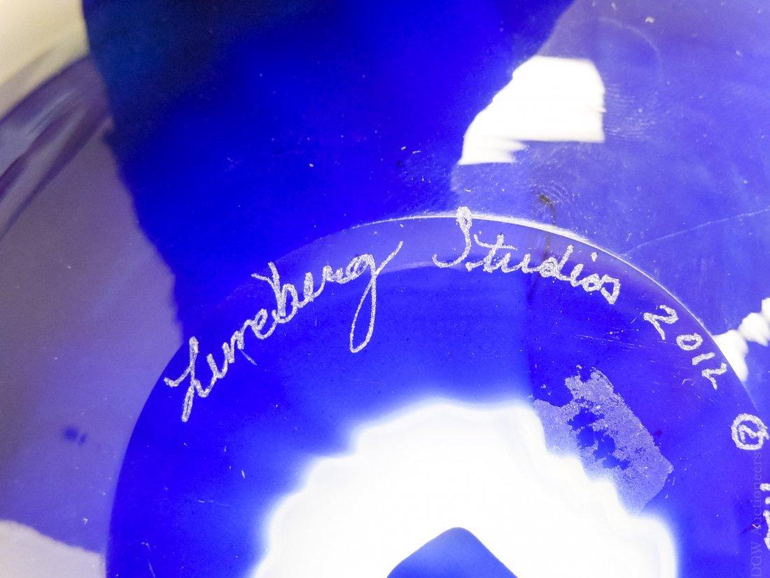 Lundberg Studios 2012 Globe. - 2