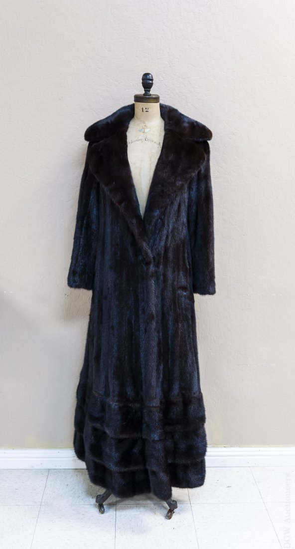 Ladies' Full Length Fur Coat. - 2