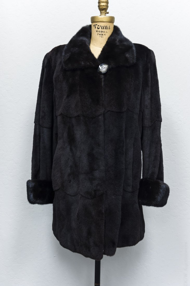 Lady's Fur Jacket. - 2