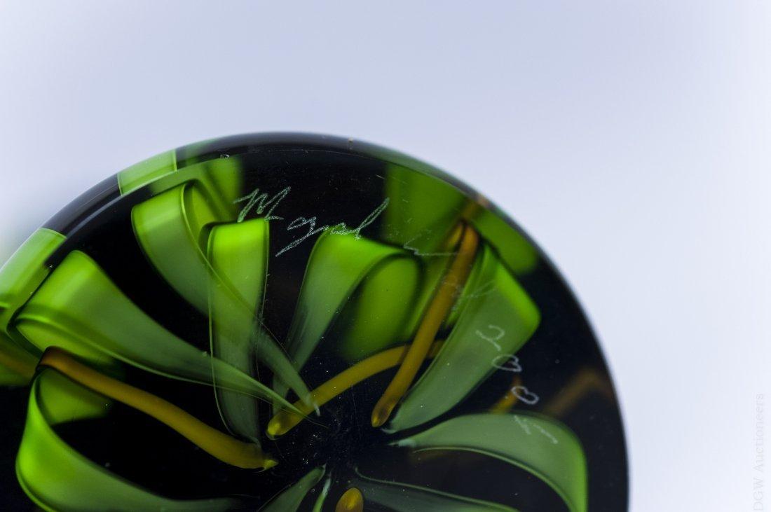 Mayauel Ward 2005 Art Glass Paperweight Vase. - 5