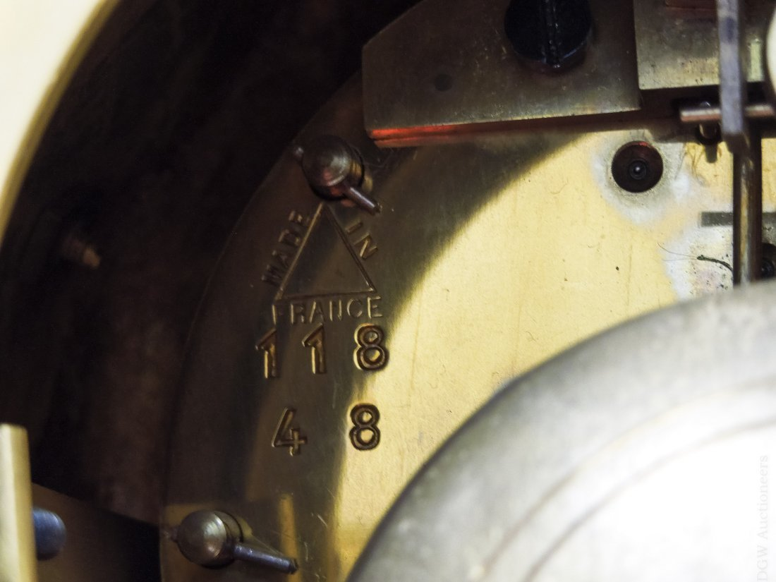 Tiffany & Co. Gilt Bronze Mantel Clock. - 4