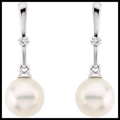 10F: CULTURED PEARL AND DIAMOND DANGLE EARRINGS