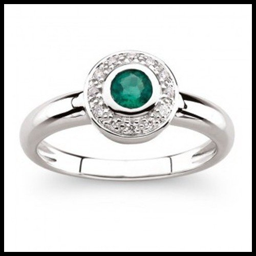 1F: 14KT WHITE GOLD BEZEL SET EMERALD RING