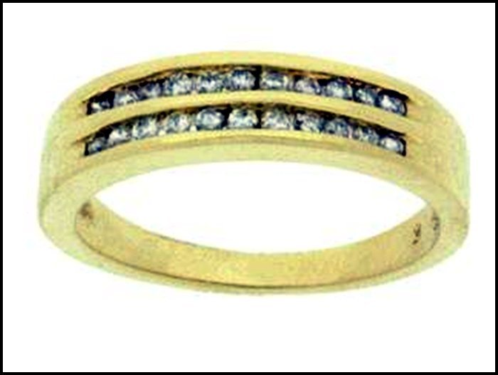 1Z: DIAMOND RING - 14KT GOLD
