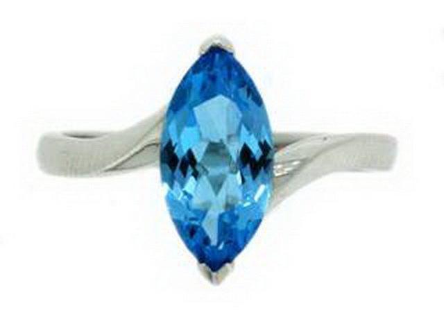 89Z: BLUE TOPAZ RING