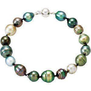 TAHITIAN PEARL NECKLACE AND BRACELET