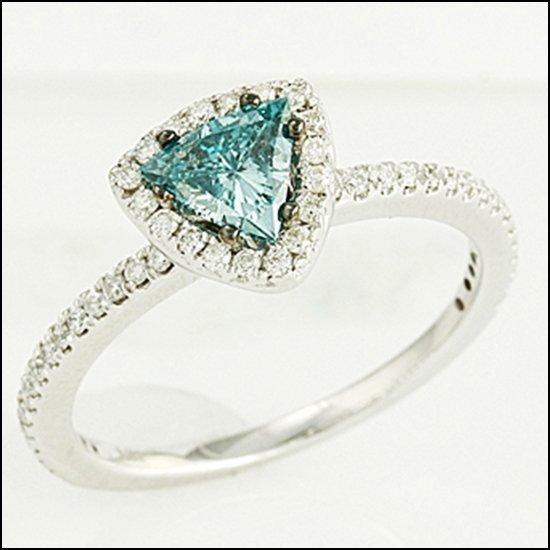 5L: 14K GOLD - TRILLION CUT BLUE DIAMOND RING