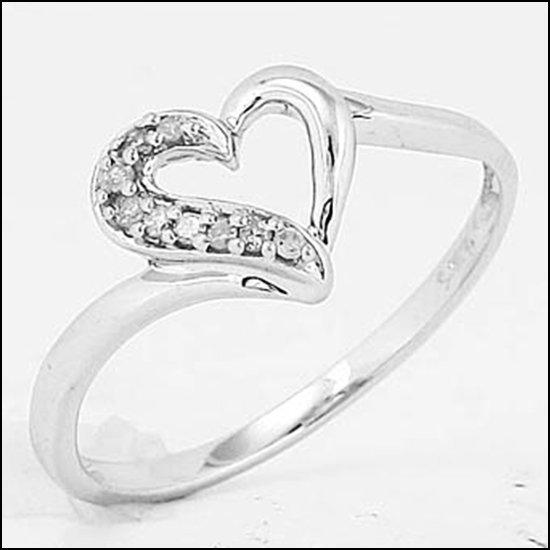 1L: STERLING SILVER - DIAMOND HEART RING