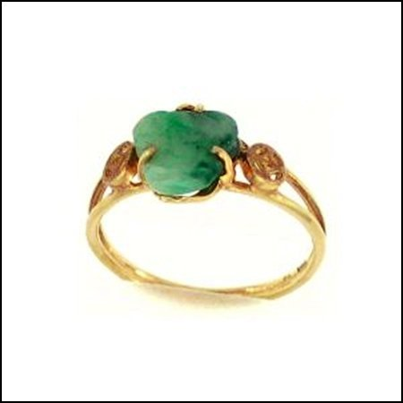 17K: NATURAL GREEN JADE RING