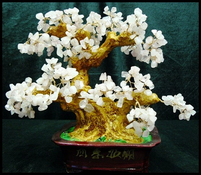 10J: ROSE QUARTZ TREE