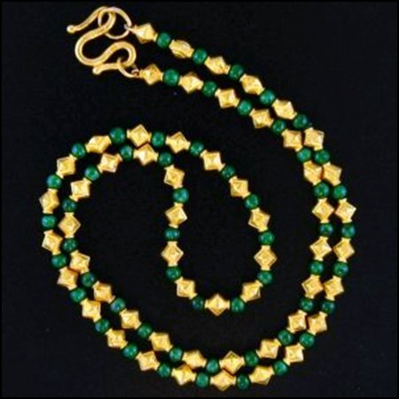 13K: NATURAL GREEN JADE NECKLACE
