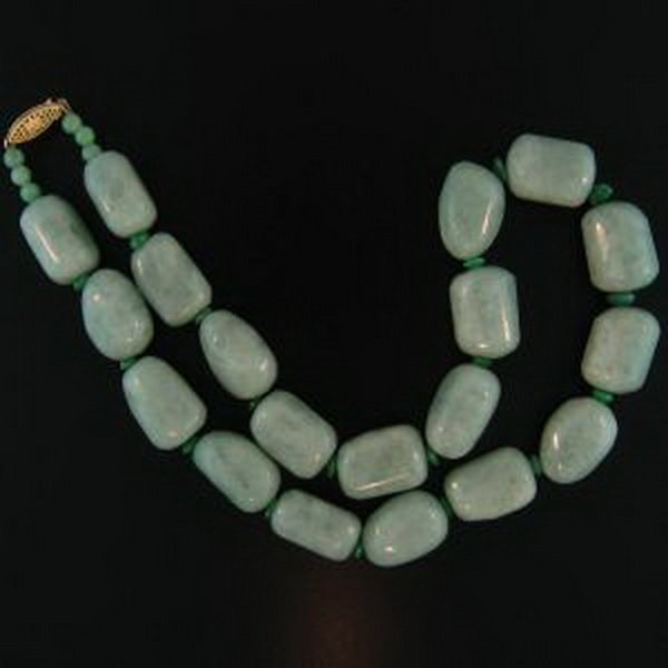 19K: NATURAL GREEN JADE NECKLACE