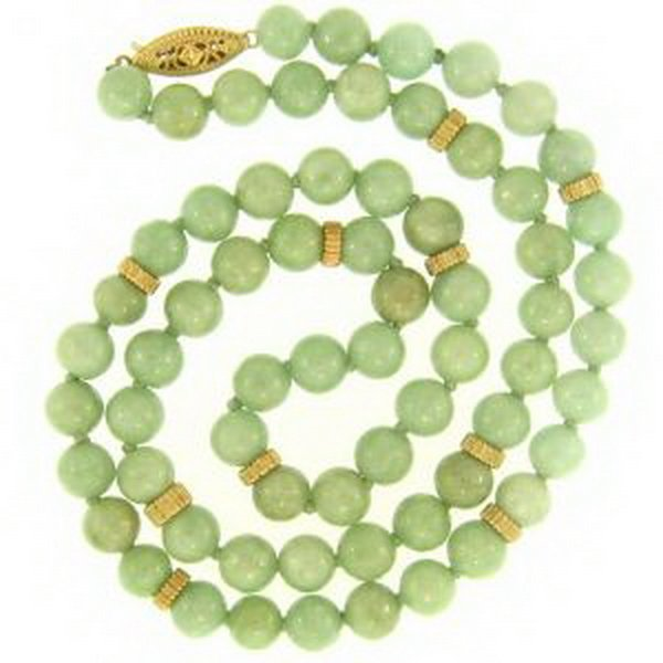777K: NATURAL GREEN JADE NECKLACE